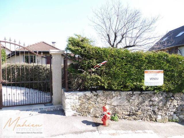 Vendu maison individuelle 5 pi ces 135 m crozet 01170 - Crozet salle de bain ...