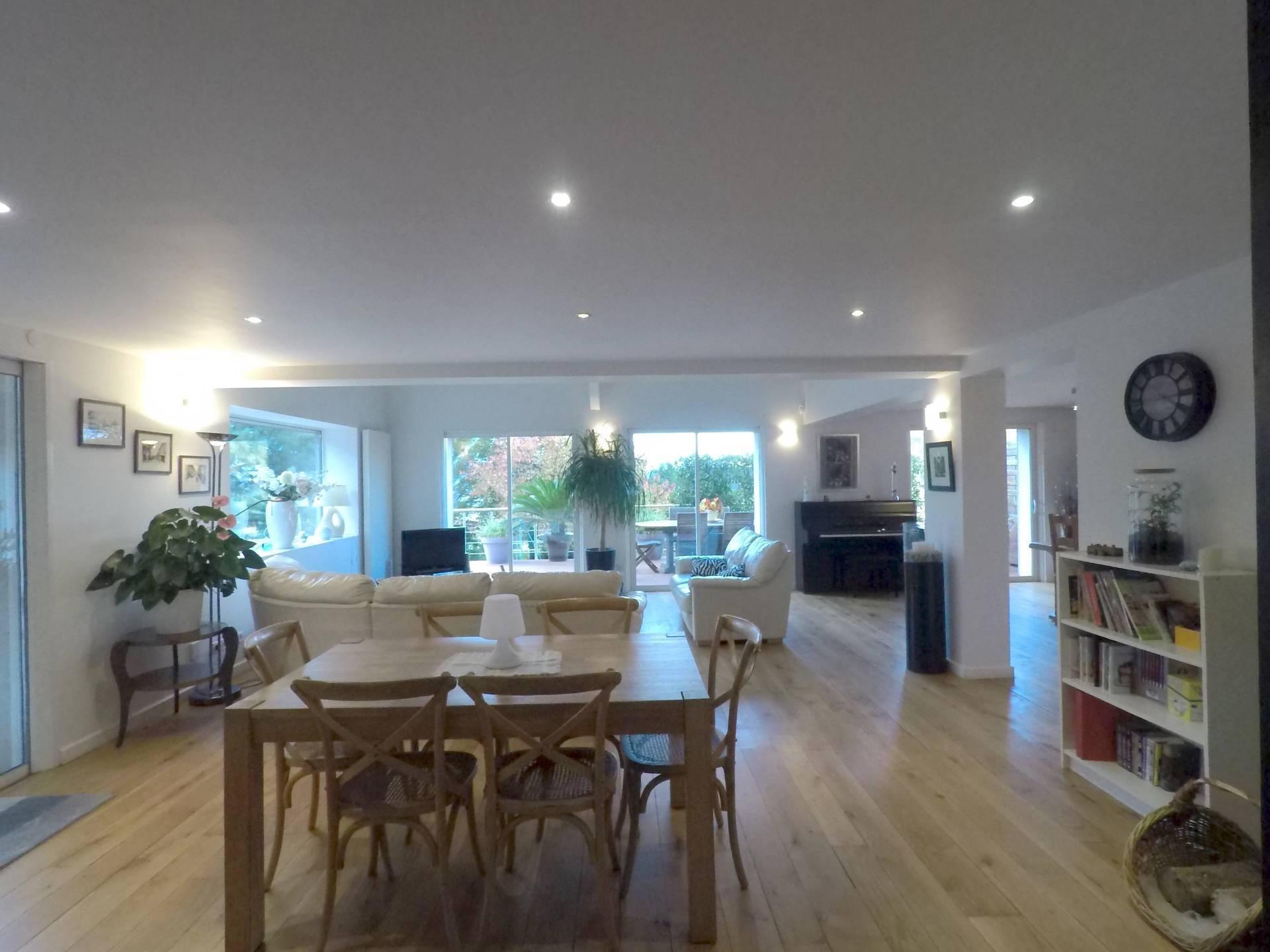Vente Maison Villa 8 Pieces 271 13 M Eybens 38320
